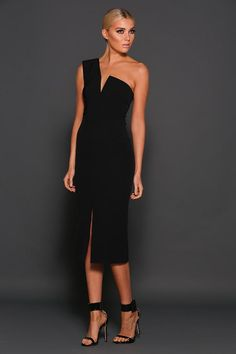 Elle Zeitoune Janine Dress find it and other fashion trends. Online shopping for Elle Zeitoune clothing. One shoulder ,front split dress The heart stopping. Elegant Party Dresses, Pretty Dresses, Sexy Dresses, Fashion Dresses, Formal Dresses, Casual Dresses, Little Black Dress Outfit, Black Dress Outfits, Little Black Dress Classy