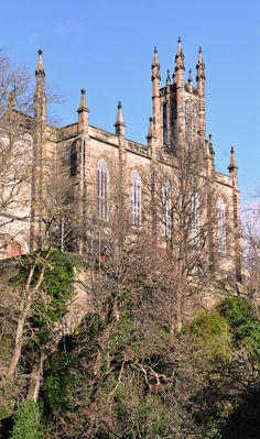 Edinburgh Water of Leith view  Gothic church (Wil 5932)