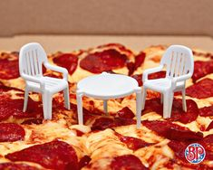 Canadian Pizzeria Brilliantly Creates a Tiny Patio Chairs To Go With the Tiny Box Separating Table A post shared by Boston Pizza ( on Jul 2018 at PDT The Canadian pizza. Boston, Robert Dejesus, Pizza Chains, Pizza Company, Pizza Boxes, Favourite Pizza, Pizza Party, Pizza Hut, Visual Identity