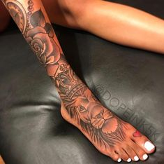 Dope Tattoos For Women, Black Girls With Tattoos, Sleeve Tattoos For Women, Foot Tattoos Girls, Girly Tattoos, Pretty Tattoos, Tattoos On Foot, Tattoo Designs Foot, Flower Tattoos