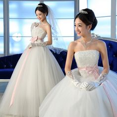 sexy sweet princess simple Puff bow straps crystal wedding dress - http://zzkko.com/book/shopping?note=22331 $258.00