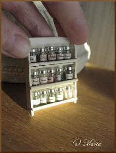 DIY doll-house spice rack from popsicle sticks/tongue depressor/fuses(jars). Reminds me of grandpa. He made the BEST dollhouse furniture and accessories! DIY - clay-tastic,Doll House,Doll houses,dollhouses,It's a Dollhouse Tutorials, Diy Dollhouse, Dollhouse Miniatures, Vitrine Miniature, Miniature Dolls, Miniature Furniture, Dollhouse Furniture, Mini Choses, Miniature Kitchen