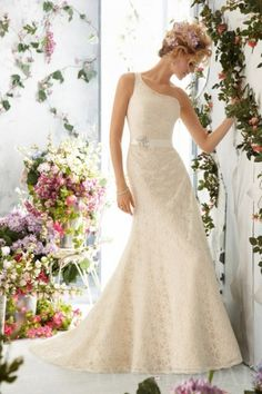 Trumpet One Shoulder Court Train Lace Wedding Dress with Satin Ribbon | LynnBridal.com