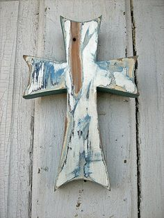 This wooden cross is really cool!