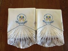 Vintage Southern Belle Crochet Embroidered Pillowcases - Set of 2 -  Victorian Lady - Gone with the Wind - Vintage Bedding - Shabby Chic by shabbyshopgirls on Etsy