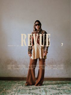 Revue Magazine S/S 2019 Covers (Revue Magazine) Design Typography, Graphic Design Posters, Lettering, Branding Design, Logo Design, Creative Typography, Editorial Layout, Editorial Design, Editorial Fashion