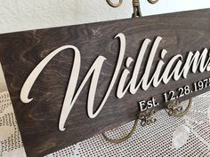 Family Name Sign Last Name Wooden Signs, Wooden Family Name Sign, Wood Name Sign, Wooden Wedding Signs, Last Name Signs, Family Name Signs, Carved Wood Signs, Barn Wood Signs, Diy Wood Signs