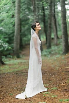 #Woodland / #bohemian inspired Bride in enchanting forest in Nova Scotia! #love #wedding #bridal #bouquet #forest #beautiful #flowers #flowercrown #cute #veil
