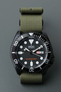 SKX007 I had modded with a black case