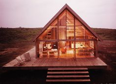 Jens Risom's prefab weekend house