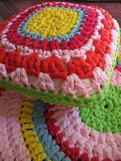 COMBO: alfombra + almohadon cuadrado