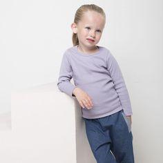 EASY ribbipusero, laventeli   NOSH verkkokauppa   Tutustu nyt lasten syksyn 2017 mallistoon ja sen uuteen PUPU vaatteisiin. Ihastu myös tuttuihin printteihin uusissa lämpimissä sävyissä. Tilaa omat tuotteesi NOSH vaatekutsuilla, edustajalta tai verkosta >> nosh.fi (This collection is available only in Finland)