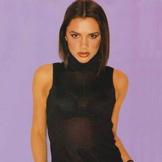 How to make your own DIY homemade Posh Spice costume from the Spice Girls for cosplay, fancy dress and halloween costumes Baby Spice Costume, Spice Girls Costumes, Girl Group Halloween Costumes, Girl Costumes, Spice Girls Shoes, Spice Girls Outfits, Spice Girls Movie, Hippie Braids, Victoria And David