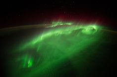 Flying Through an Aurora | NASA. Image Credit: NASA/ESA/Alexander Gerst.  #NASA #Space #Espacio #Universo #Universe #Cosmos #Atmosphere #Atmosfera #Aurora  #Photography #Pic #Picture #Foto #Fotografia #NewStuff #CosasNuevas #Interesting #Interesante  ========================   Rolando De La Garza Kohrs  http://About.Me/Rogako  ========================