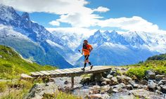 Trail running in France - trail running magazine Running Magazine, Ultra Trail, Marathon Running, Outdoor Workouts, Pilgrimage, Trail Running, Jogging, Track, Exercise