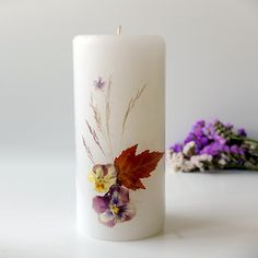 Blogged on I Try DIY | Pressed Flowers on Candles http://lumierespournosdefunts.blogspot.fr/