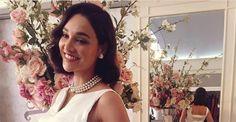 Débora Nascimento aparece com vestido de noiva ousado para seu casamento em 'Êta Mundo Bom!'