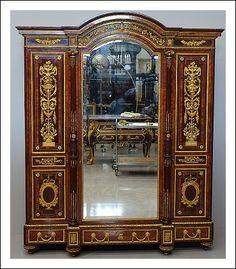 Codice: 0760105 Ebanista Paul Sormani  violetto e bronzo dorato di massima finezza    Misure: 204 x 67 h 245
