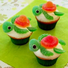 Cute little turtle cupcakes!