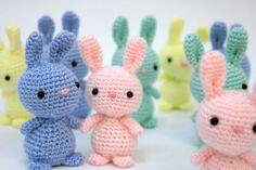 Coniglietti, uova e pulcini all'uncinetto per festeggiare Pasqua