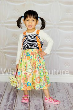 The TWIRL KNOT dress can be made with 2 bodices and 2 skirt options!