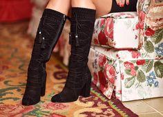 Muito amor por uma bota...  #sotd #thassiastyle #ootd #details | @luizabarcelos by thassianaves