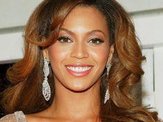 """5 secrete de frumusete """"furate"""" de la Beyonce"""