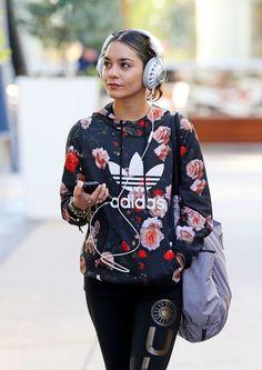 Vanessa Hudgens in an awesome Topshop Adidas hoodie. Hip Hop Fashion, Sport Fashion, Urban Fashion, Fitness Fashion, Girl Fashion, Fashion Outfits, Womens Fashion, Fashion Trends, Fashion Ideas