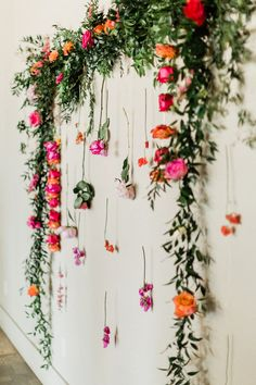floral photo backdrop, hot pink and orange backdrop Diy Photo Backdrop, Floral Backdrop, Floral Arch, Photo Backdrops, Photography Backdrops, Hanging Flowers, Flower Garlands, Diy Flowers, Flower Decorations