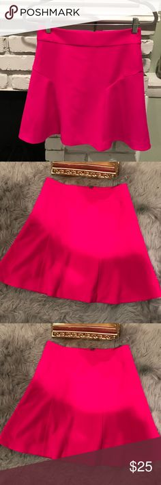 Express skirt New without tags, fushia pink skater skirt from express with back zip closure. Express Skirts Circle & Skater