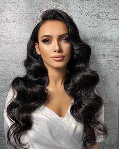 Long Hair Wedding Styles, Wedding Hairstyles For Long Hair, Bride Hairstyles, Down Hairstyles, Pretty Hairstyles, Bridal Makeup Looks, Wedding Hair And Makeup, Hair Upstyles, Wedding Hair Inspiration