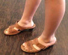 Earth Origins Sz 9 M Trixie heels  #Earth #Slides