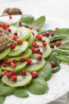 Winter *Kiwi-Spinatsalat mit Nusspesto* - Kiwi-Spinatsalat mit Nusspesto Rezept