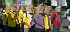 """intelijen - Presiden Joko Widodo (Jokowi) dibantu pengusaha terkenal sedang menjalankan operasi senyap untuk membungkam pers agar tidak mempublikasi demo mahasiswa menentang Jokowi-JK. """"Jika aksi mahasiswa IPB pada Kamis (19/3) tidak diekspose media mainstream, berarti isu yang berkembang ..."""