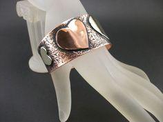 Bransoleta BIG LOVE  http://oryginalna-bizuteria.pl/opis/3076377/bransoleta-big-love.html