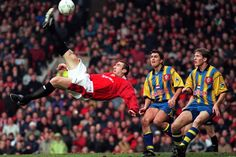 Eric Cantona vs Southampton at Old Trafford