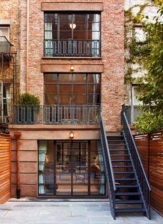 Row House Design, Dream Home Design, Townhouse Exterior, Ville New York, Lofts, Exterior Design, Future House, Architecture Design, House Styles
