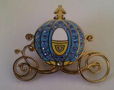 Walt Disney Pins, Trading Disney Pins, Value Of Disney Pins | PinPics Bling Cinderella Carriage DLR DLP