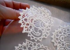 DIY Royal Icing Henna Transfers tutorial - Delicate and beautiful for a wedding cake!