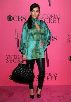 Kim Kardashian Fashion and Style - Kim Kardashian Dress, Clothes, Hairstyle - Page 151