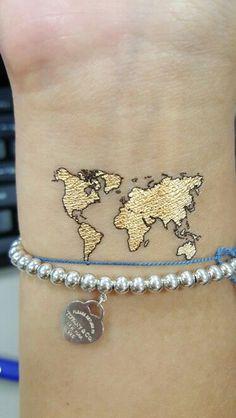 Resultado de imagen de world globe tattoo simple