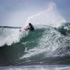 Aritz Aranburu   Pro surferAritz Aranburu   Pro surfer