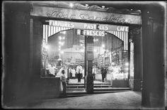 Bar Caneletas, en la Rambla de Caneletas de Barcelona (1920-1925).