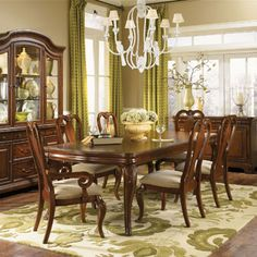 Legacy Classic Evolution 7 Piece Dining Set with Queen Anne Chairs