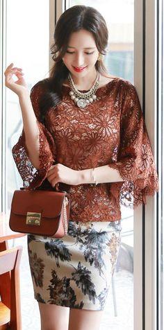 StyleOnme_Floral Print High-waisted Pencil Skirt #autumn #trend #seoul #style…