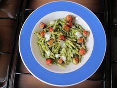 Pasta Trofie   pesto de  basilique   aubergines  et   tomate  Gino D'Aquino