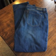 DKNY jeans size 14 DKNY great condition jeans! Lots of stretch size 14 waist laying flat 17.5 inseam almost 29 DKNY Jeans