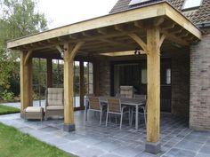 Overkapping met plat dak Roeselare - Realisaties Backyard Patio Designs, Backyard Pergola, Diy Patio, Pergola Designs, Gazebo, Building Columns, Building A Porch, Covered Patio Design, Diy Terrasse