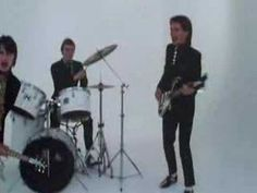 Music video by The Jam performing Going Underground. (C) 1980 Polydor Ltd. Rock Videos, Mtv Videos, Music Videos, 80s Music, Rock Music, Music Jam, The Style Council, Mejor Gif, Old Video