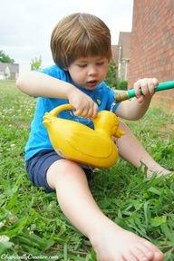 6 quick tips on gardening with kids written by an Early Childhood Professional